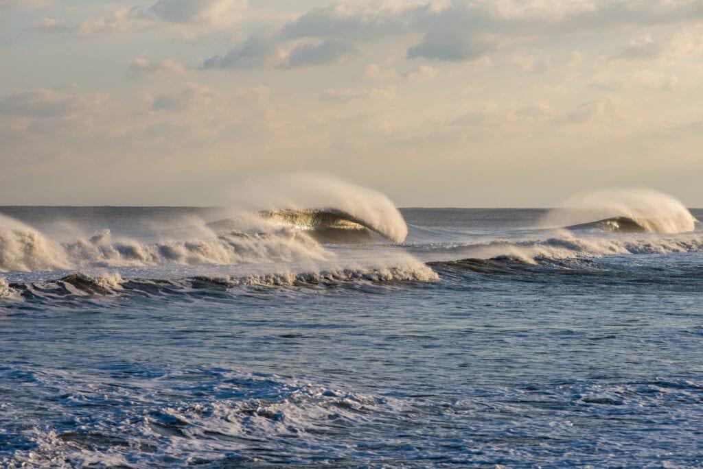Giant LBI swell