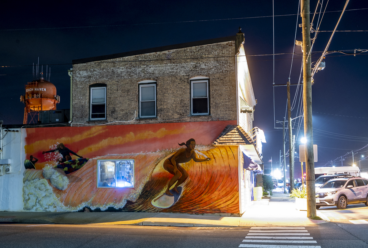 South End Surf N Paddle Gets Creative New Wall Mural The Sandpaper